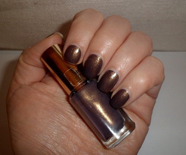 007-loreal-paris-color-riche-mysterious-icon-mini-nail-polishes-review-swatches-