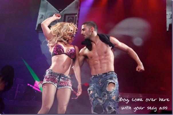 Britney-Spears-Adrien-Galo-Femme-Fatale-Tour-TFM