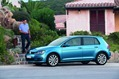 2013-Volkswagen-Golf-48