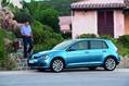 2013-Volkswagen-Golf-48