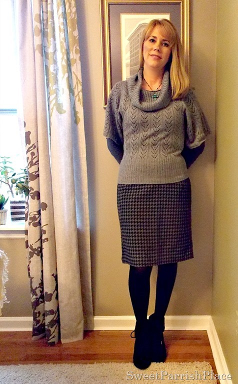 I share take pictures of my daily outfits every Wednesday and share them on my blog. I am a mother and I work in a school, so my outfits are great inspiration for teachers, moms, and other casual business professionals.