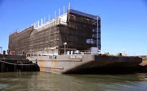 """谷歌""""神秘驳船""""或停靠旧金山"""