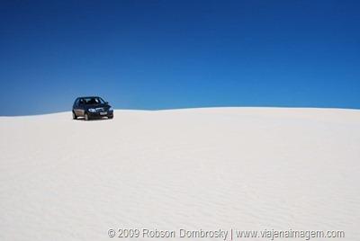 carro nas dunas
