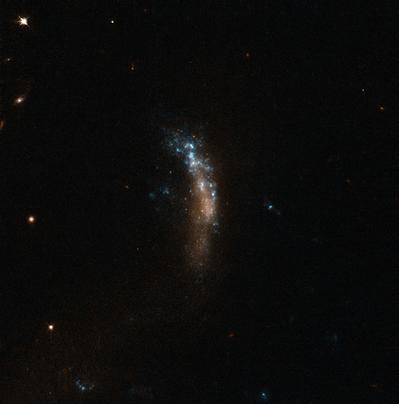 galáxia anã UGC 5189A