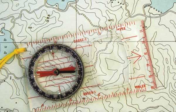 Carta e bussola da orienteering