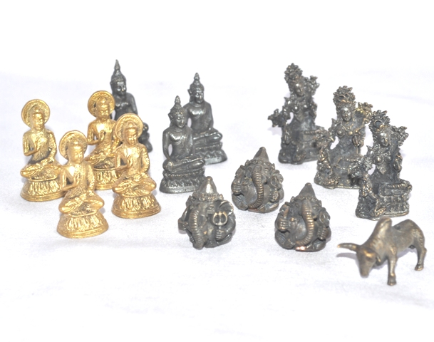 Tiny Buddha Figures Stues