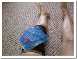 knee compress and ice