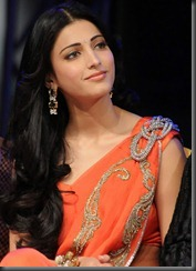 Shruti Hassan Hot Saree Pictures 1