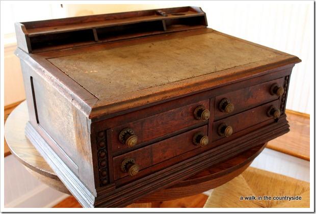 antique desktop