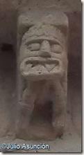 Diablo de aspecto precolombino - iglesia de Santa María de Arce