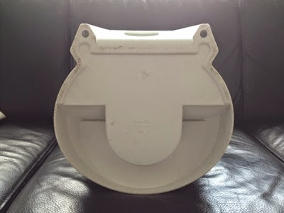white Kartell waste bin bottom
