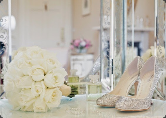 shoes Planet Flowers - Dundas Castle - Rankine Photography (1)