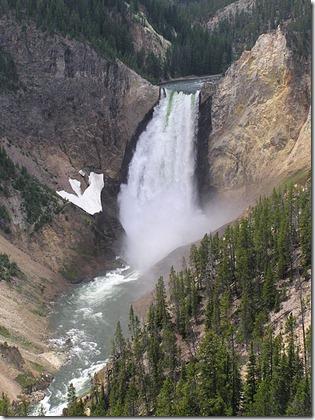 448px-YellowstonefallJUN05