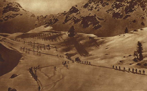 World War One Italian alpine troops on the march in the Mount Grappa area  http://www.gwpda.org/photos/coppermine/displayimage.php?album=search&cat=0&pos=25