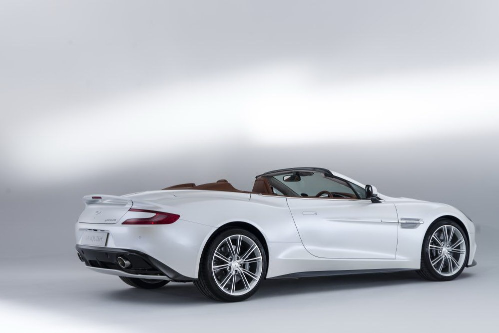 2012 - [Aston Martin] Vanquish [310] - Page 6 New-Aston-Martin-Vanquish-Volante-11_1%25255B5%25255D