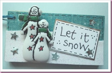 Let It Snow Wooden Tags 2