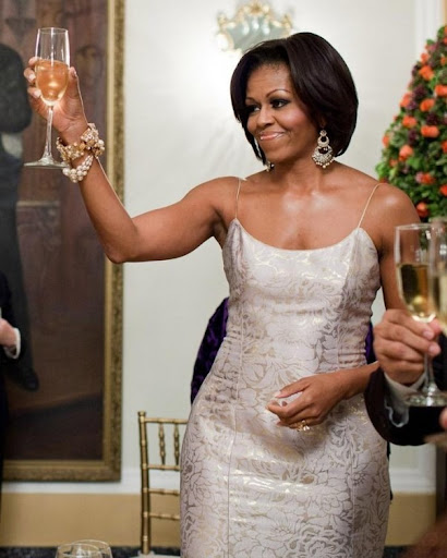 President-Barack-First-Lady-Michelle-Obama-Toast-Dinner-Mauricio-Funes-National-Palace-San-El-Salvador-e1321416917325-602x752%25255B4%25255D.jpg