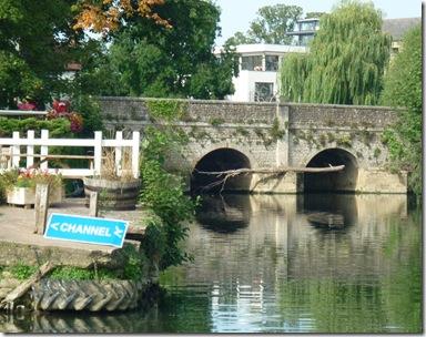 abingdon bridge do you need the arrow