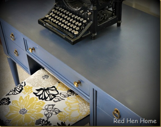 Red Hen Home Navy Desk 4