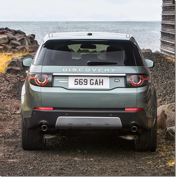 2015-Land-Rover-Discovery-Sport-Iceland-7-2560x1600