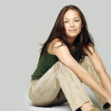 kristin-kreuk-1600x1200-32266.jpg