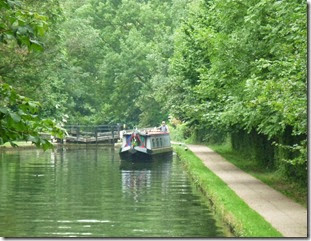1 leaving bottom cassiobury park lock