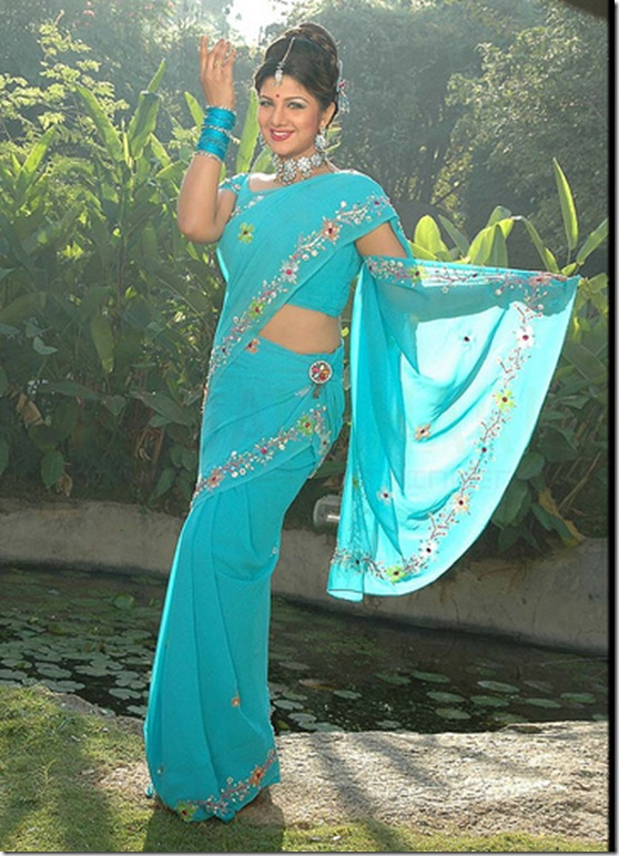 Rambha_Blue_Saree