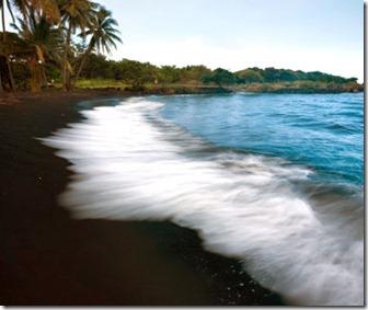 201202-w-unusual-beaches-punalu_u-black-sand-beach