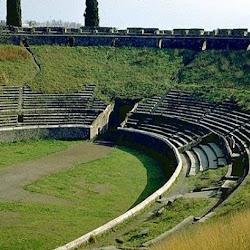 550 Anfiteatro Pompeya.jpg