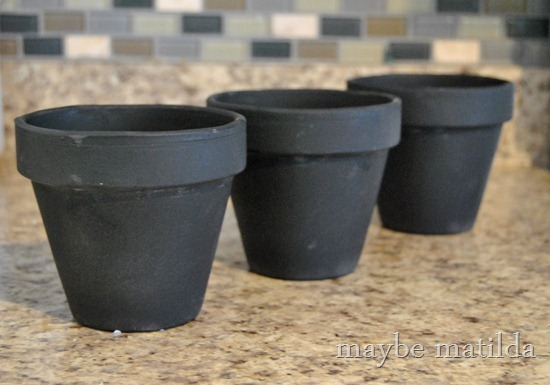 Chalkboard paint on flowerpots
