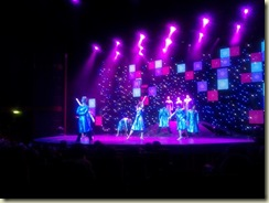 20121102 Momentum A (Small)