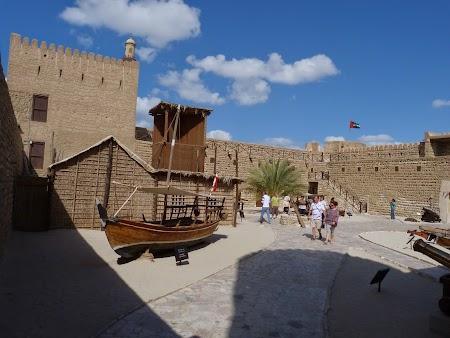 12. Fortul Dubai.JPG