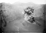 Eruption of Gunung Raung (unknown photographer, 1913) Courtesy TropenMuseum Archives