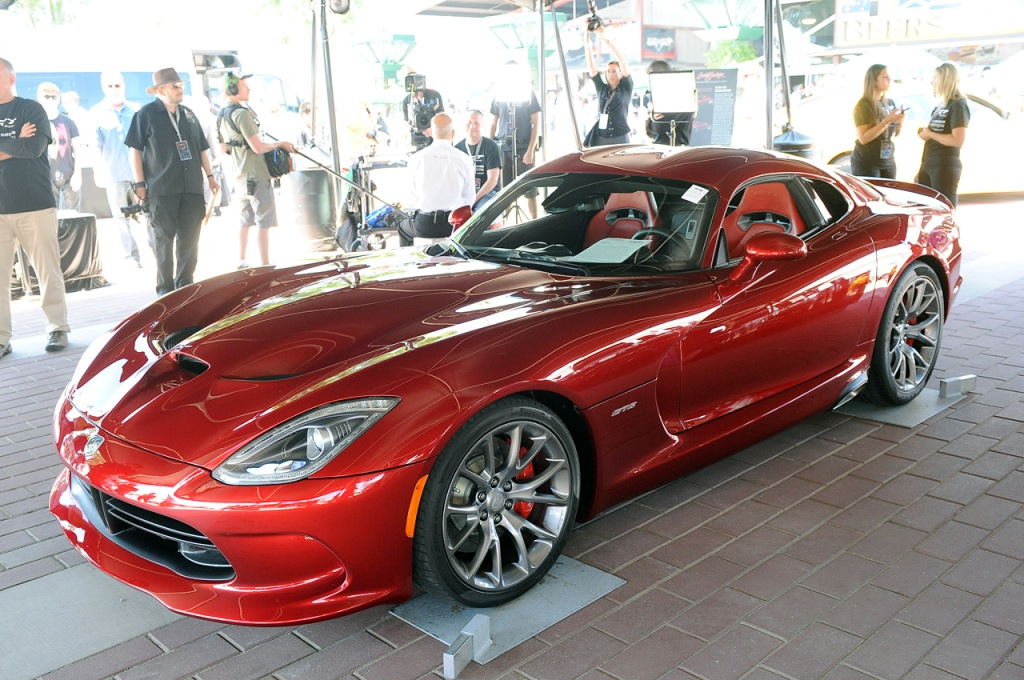 First-Production-2013-SRT-Viper-GTS-5.jpg?imgmax=1800