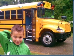 2011-09-07 kindergarten bus ride!