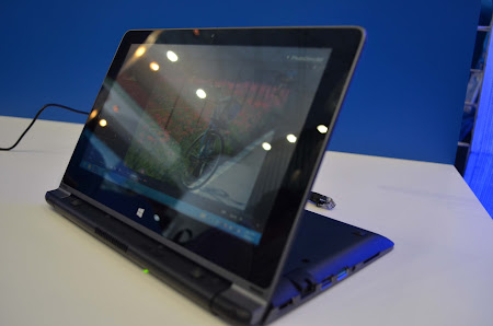 netbook 2-in-1 di TYD