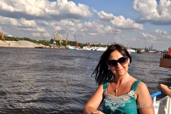 речная прогулка по Москве