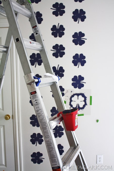 using a wall stencil in a kids' room