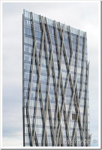 torre diagonal cero - trama - barcelona