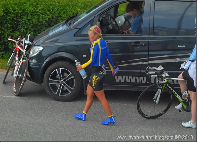 pyöräilijöitä 055