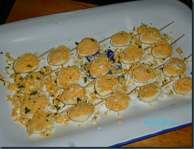 huevos de codorniz rellenos de crema de queso idiazabal y salsa de piquillos6 copia
