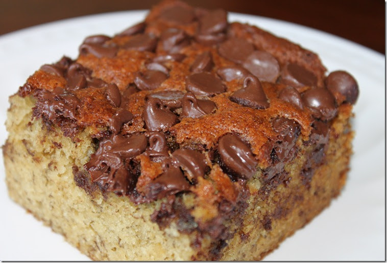 Pickles and Cheese: Banana Chocolate Chip Snack Cake