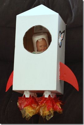 how to make a small cardboard rocket ship