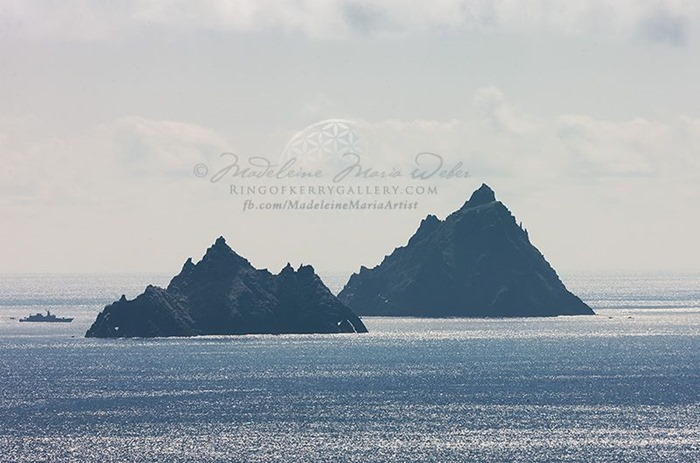 star-wars-episode-vii-skellig-michael-shooting-kerry-1