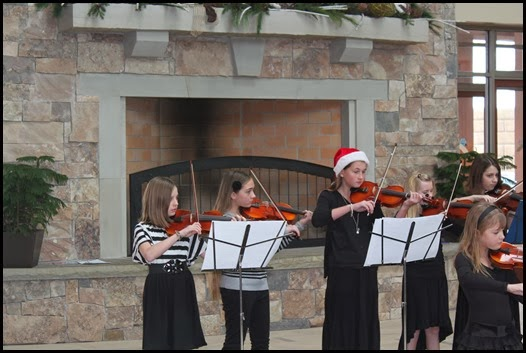 Christmas.Violin.Recital (2)