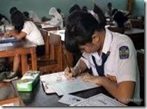 UN ujian Nasional hari pertama SMP Negeri Wonoasri