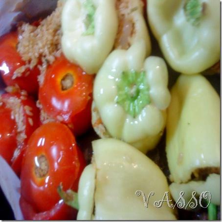 punjeni paradajzi i paprike sa rizom567