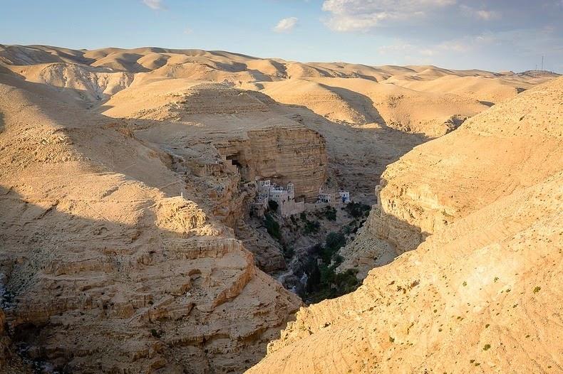 monastery-wadi-qelt-2