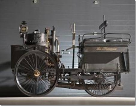 1884 De Dion Bouton et Trepardoux Dos-a-Dos Steam Runabout