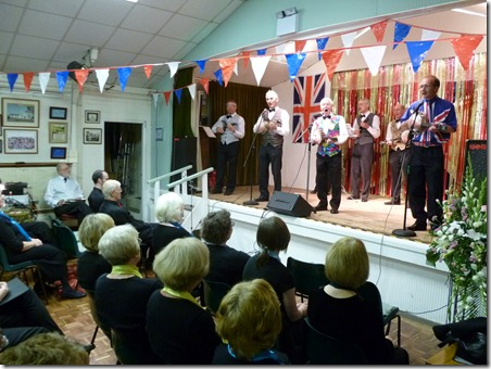 Diamond Jubilee Concert (Sat 2-6-12) - The South Cheshire 'George Formby' Ukulele Society